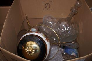 Box of glass & ceramics