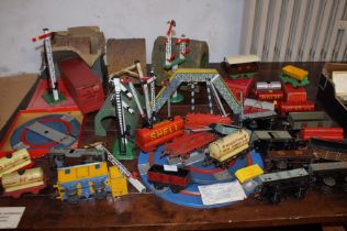Collection of vintage model railway, carriages & e