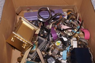 Large box of wristwatches & others