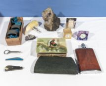A hip flask, purse and selection of vintage collectables