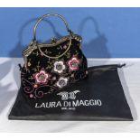 A Laura Di Maggio velvet embroidered handbag with shoulder chain