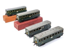 Four French Hornby O gauge carriages