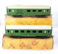 French JEP O gauge SNCF two carriages 1st/2nd class, 3rd class and baggage with boxes