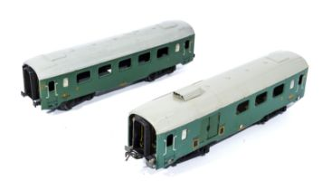 French Hornby O gauge SNCF two carriages 1st/2nd class and 3rd class
