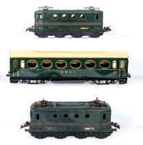 French Hornby SNCF BB 8051 locomotives and a 1st and 2nd class carriage, shells only