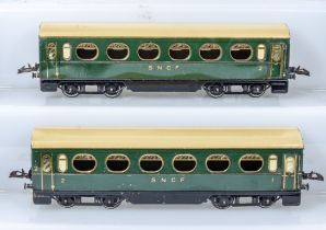 Two French Hornby O gauge SNCF passenger coaches, 1st class and baggage and 3rd class