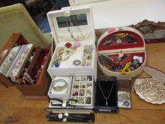 Mixed costume jewellery to include Rosita pearls, paste earrings and brooches, a silver cross on