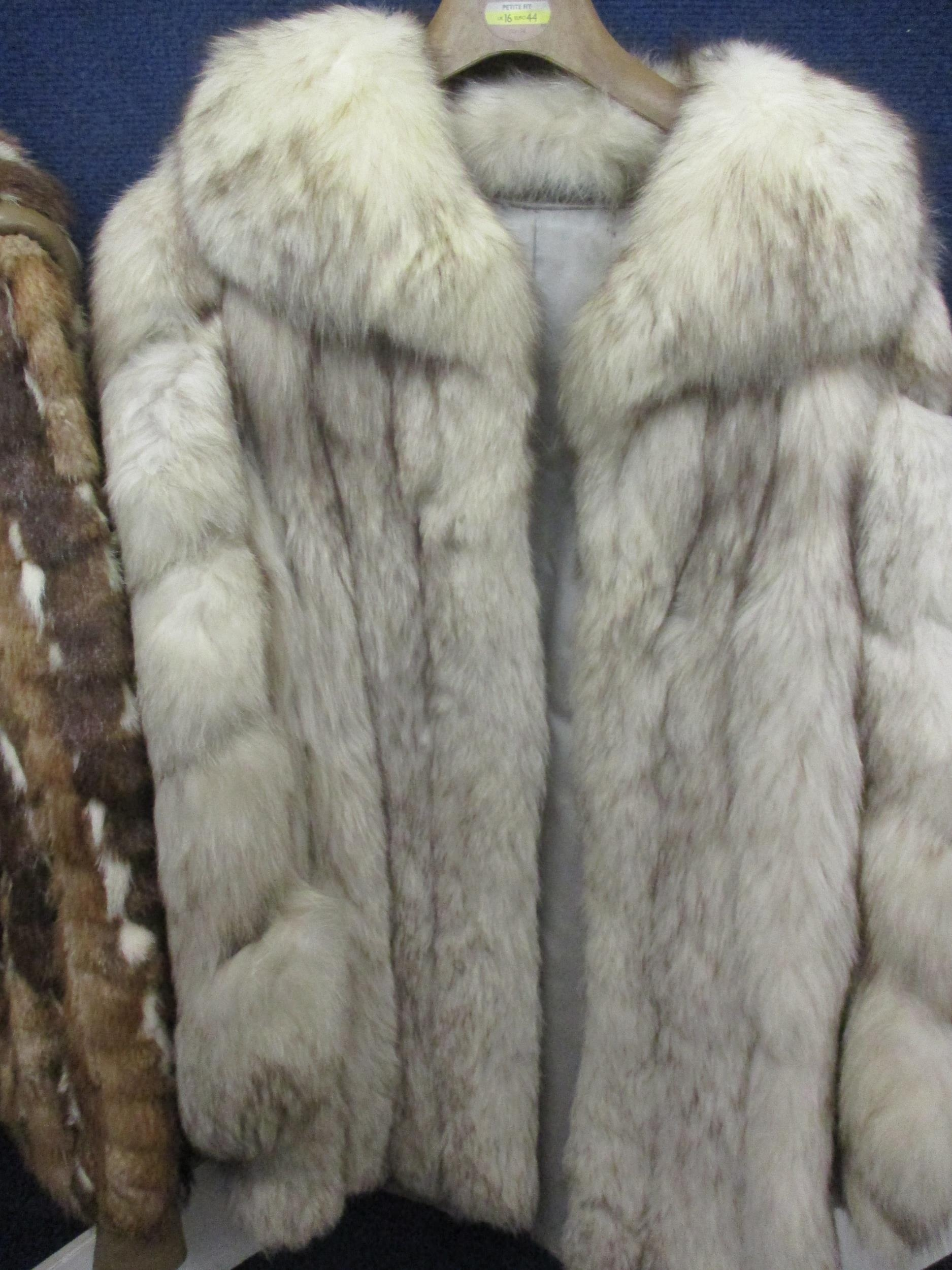 """A Saga fox jacket with shawl collar, 32""""Chest x 29""""Long together with a multi fur retro jacket - Image 2 of 4"""