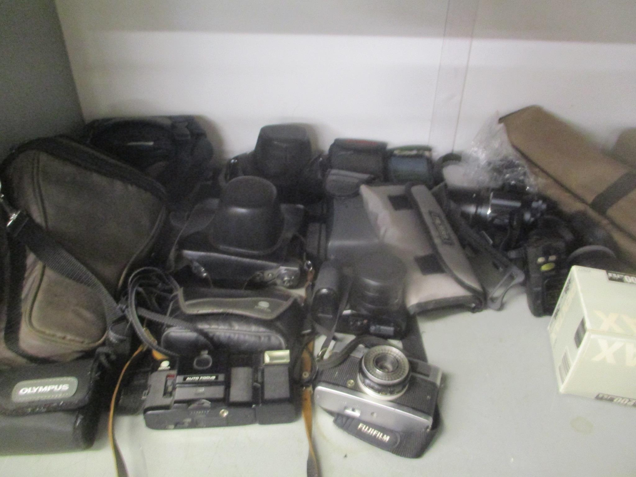 Various cameras, camera stand and camera filters together with a typewriter - Image 2 of 2