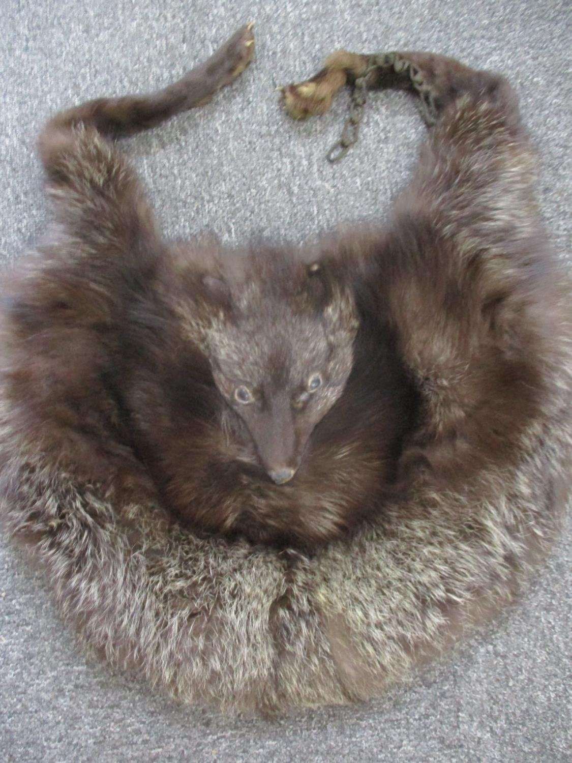 """A Saga Scandinavian brown mink coat, purchased from Greece in the 1980's, 40"""" chest x 42"""" long, with - Image 3 of 6"""