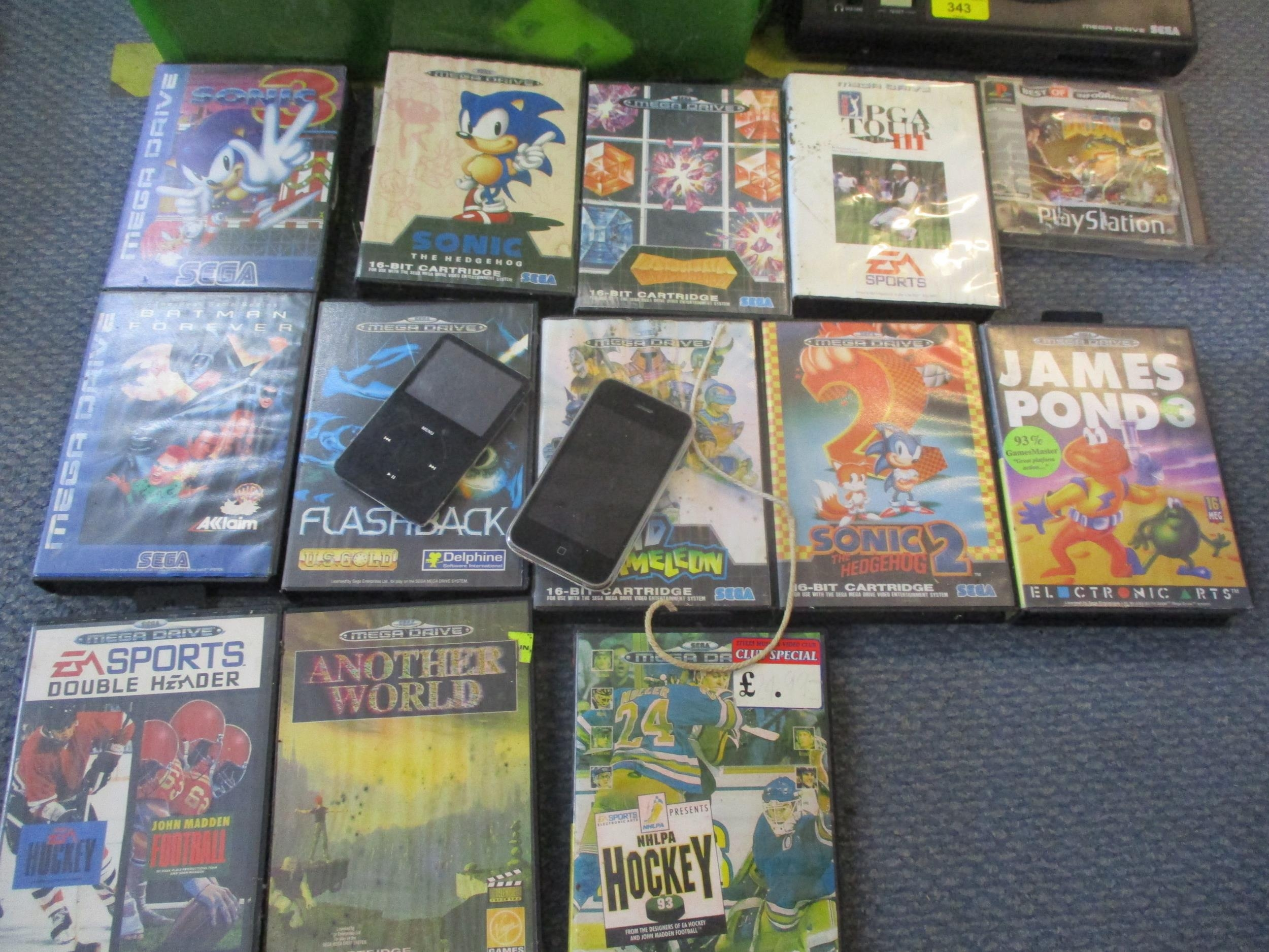Gaming equipment A/F to include a Sega 16-bit Megadrive console, various games A/F, an ipod A/F - Image 4 of 5