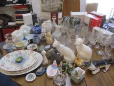 Mixed 20th century ceramics and glassware to include a Claire Edwards studio pottery mug, a Melba