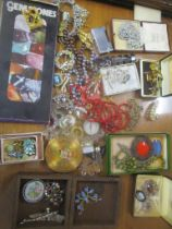 A mixed lot of mainly costume jewellery to include cufflinks, Art Deco brooch, beaded necklaces