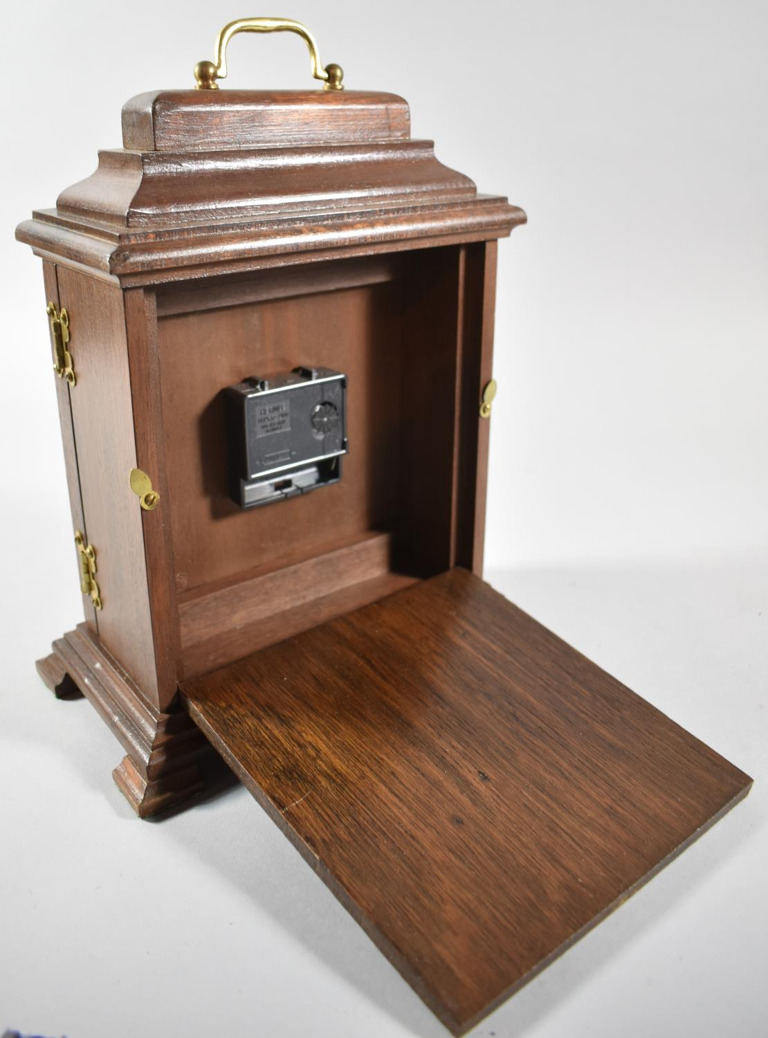 A Mid/Late 20th Century Mahogany Cased Bracket Clock with Battery Movement, 28cm high - Image 2 of 2