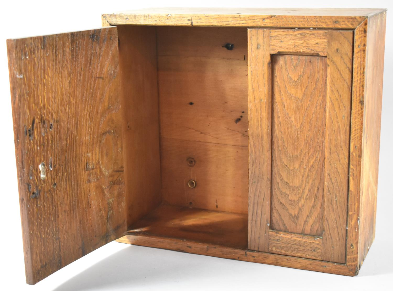A Wall Hanging Oak Cabinet with Panelled Door, 35.5cm Wide - Image 2 of 2
