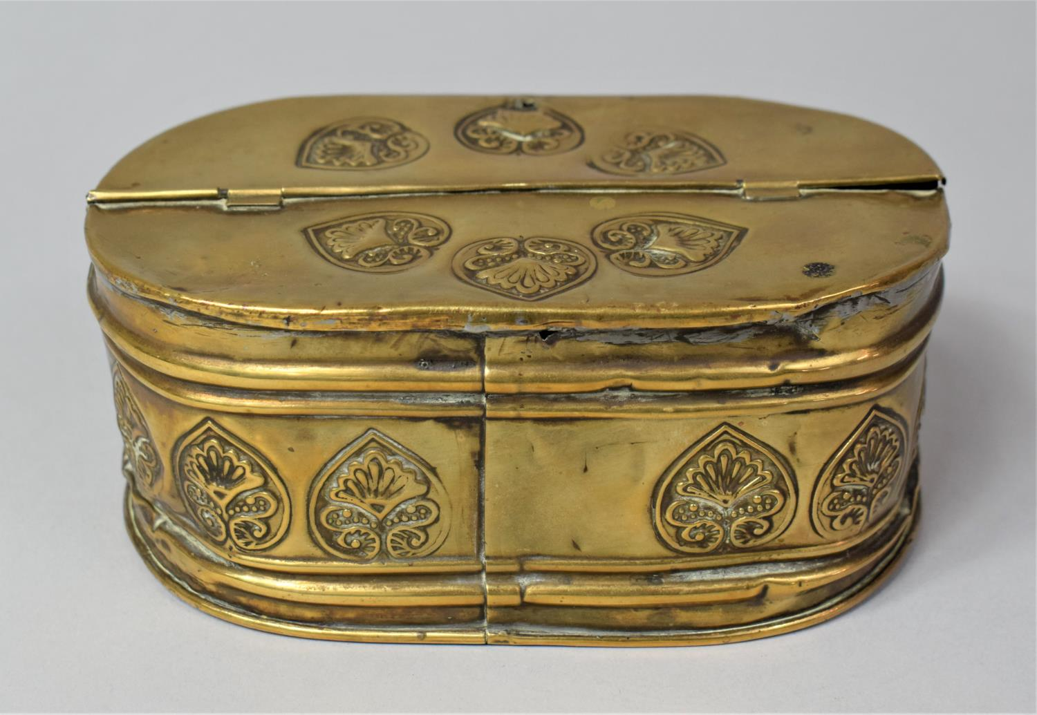 A 19th Century Dutch Brass Oval Two Division Tobacco Box with Hinged Lid, 15.5cm Long - Image 3 of 5