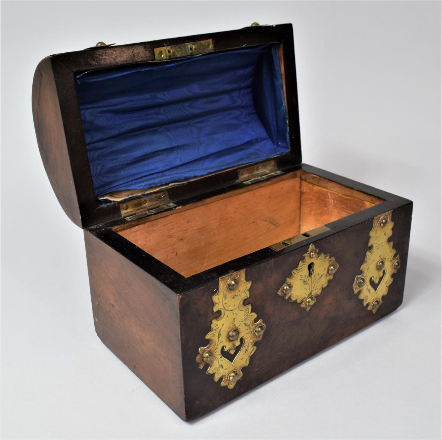A Victorian Brass Mounted Burr Walnut, Dome Topped Casket with Hinged Lid, 20cm Wide - Image 4 of 5