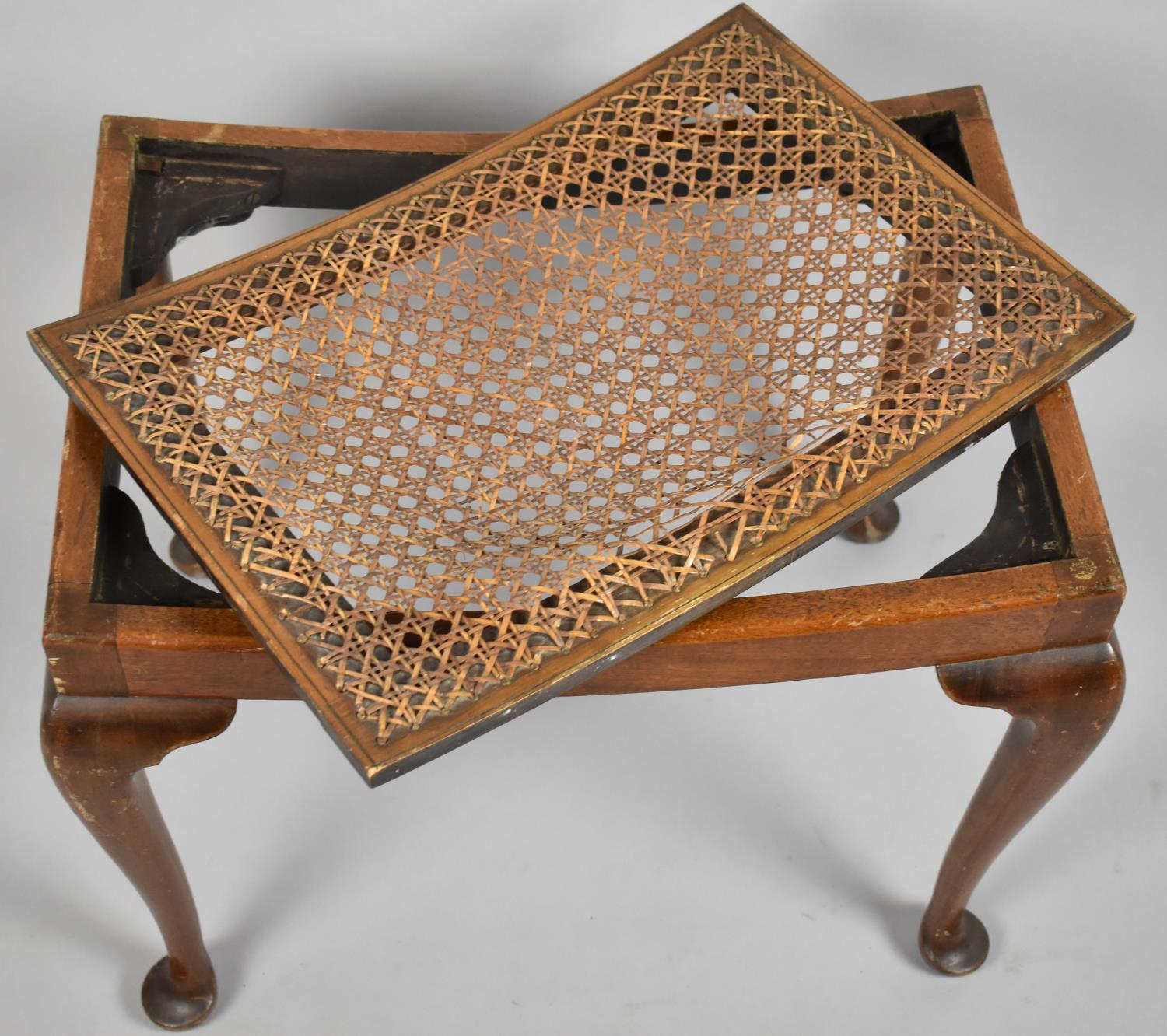 A Mid 20th Century Walnut Framed Rectangular Stool on Cabriole Supports, Requires Recaning, 56cm - Image 3 of 4