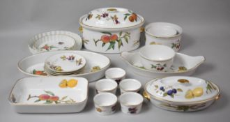 A Collection of Various Royal Worcester Evesham Oven to Table Dinnerwares including Large Lidded