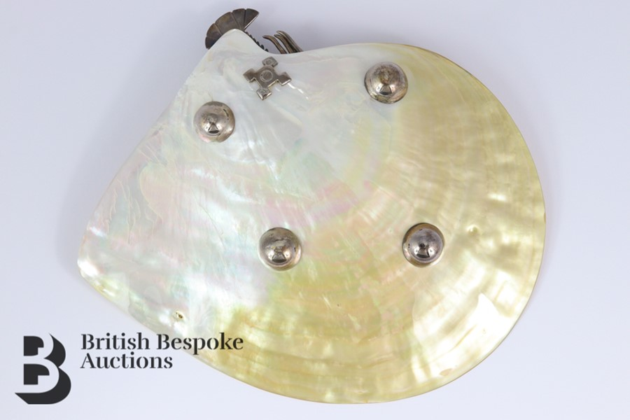 Elegant Mother of Pearl Dish - Image 2 of 6