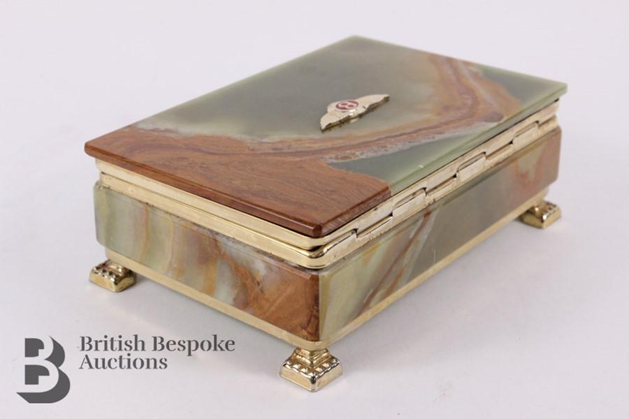 Bentley: 1950's Showroom Desk Top Cigarette Box - Image 6 of 8