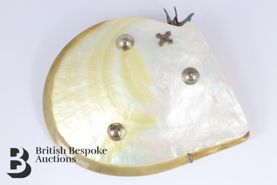 Elegant Mother of Pearl Shell Dish - Image 2 of 6