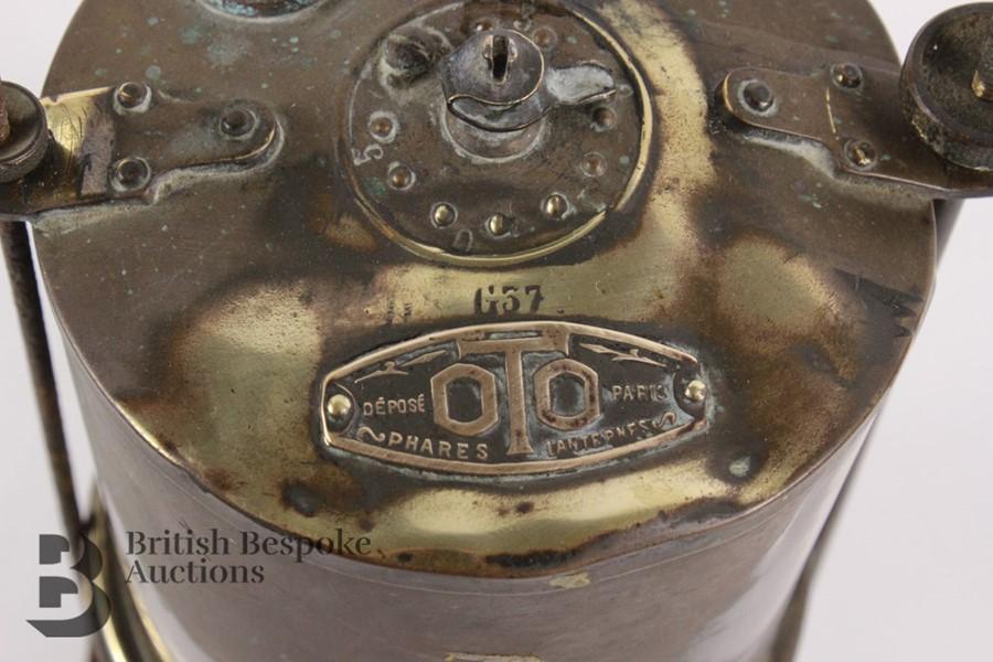 Rare Brass Running Board Mounted Acetylene Lamps Generator - Image 3 of 7