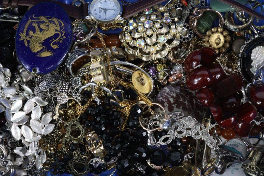 Quantity of Costume Jewellery - Image 6 of 6