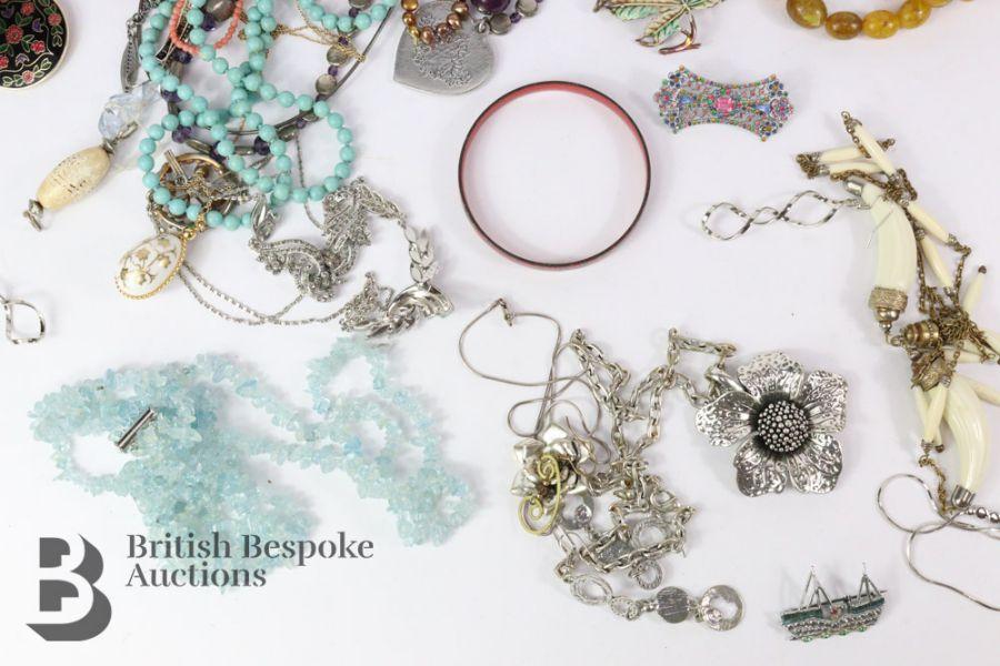 Quantity of Costume Jewellery - Image 4 of 6