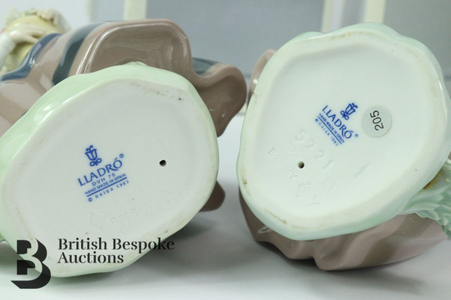 Lladro Porcelain Figurines - Image 4 of 5