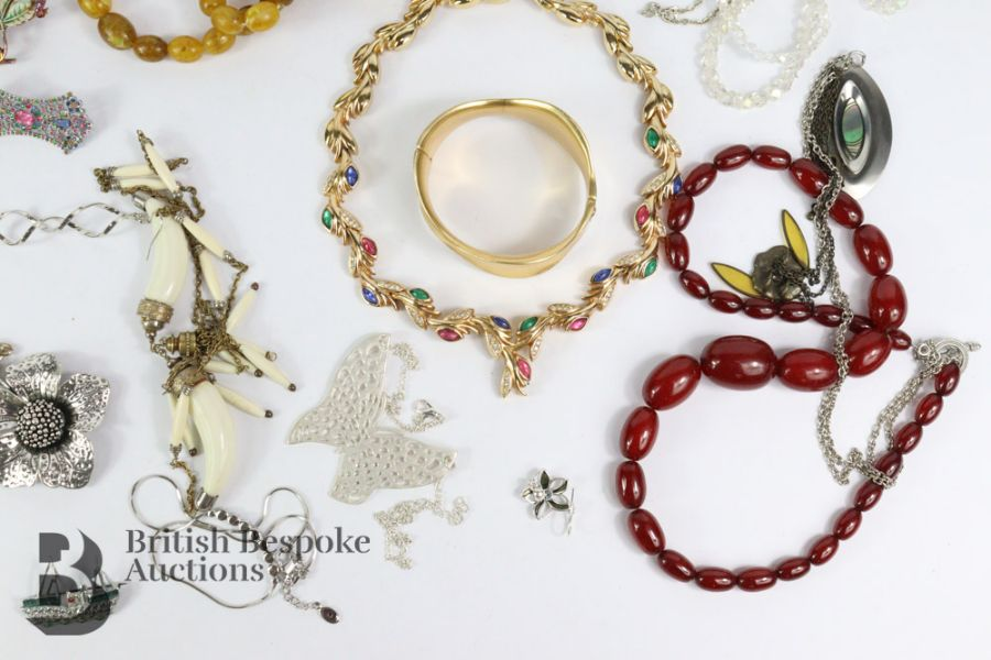 Quantity of Costume Jewellery - Image 3 of 6