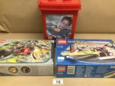 A QUANTITY OF LEGO, INCLUDES LEGO RACE AND TECHNIC LEGO