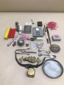 A MIXED BOX OF COLLECTABLES, GENTS ROTARY WATCH, CHARLES BUYTON DISH, AND SWATCH WATCH