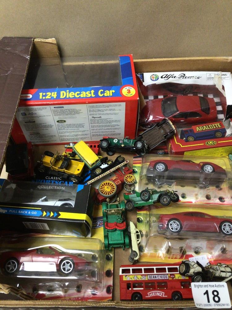 A MIXED BOX OF DIE-CAST TOY VEHICLES SOME BOXED LESNEY, LLEDO, AND MODELS OF YESTERYEAR - Image 4 of 4