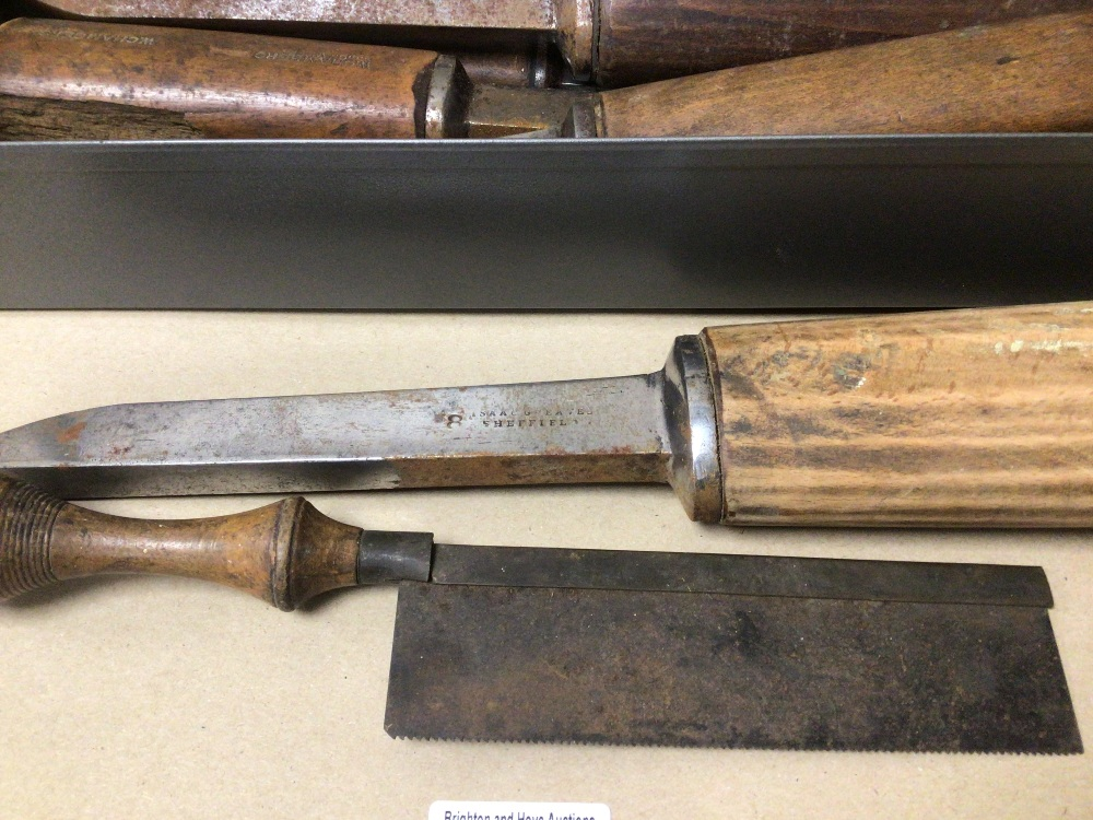 A QUANTITY OF VINTAGE ISSAC GREAVES TOOLS - Image 3 of 3