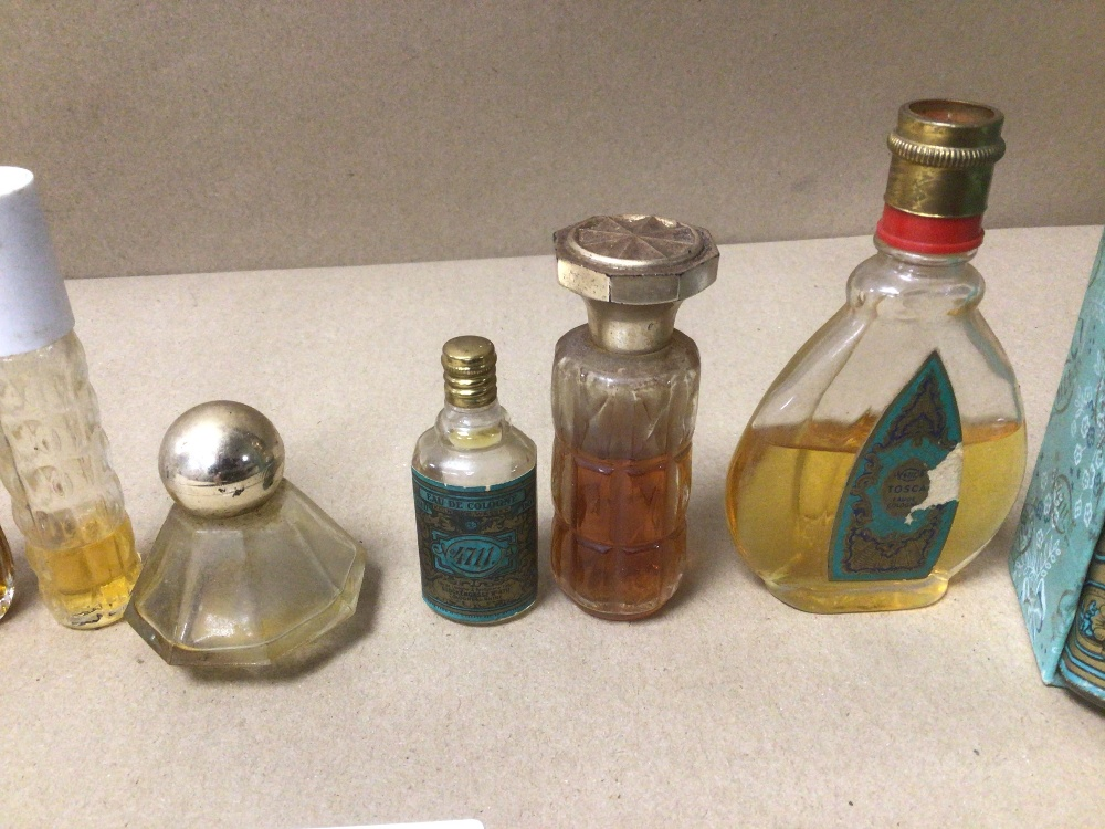 NINE SMALL VINTAGE OF MIXED COLOGNE AND PERFUME BOTTLES, ONE BOXED, SOME WITH CONTENTS, INCLUDES NO. - Image 3 of 5