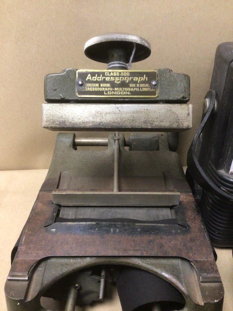 A VINTAGE D.C WESTON VOLT METRE WITH A VINTAGE AMPERES A.C ANOLOG AMMETER, A VINTAGE COOPER - Image 4 of 6