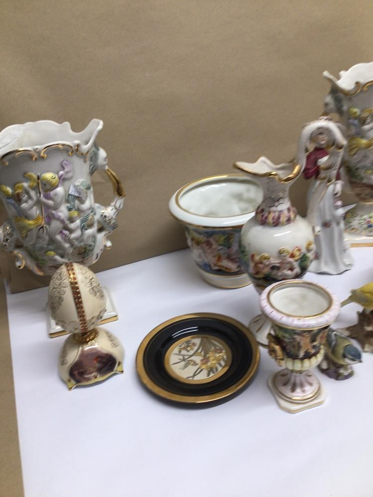 A QUANTITY OF MIXED CHINA ITEMS, CAPO DI MONTE, ROYAL WORCESTER BLUE TIT - Image 4 of 8