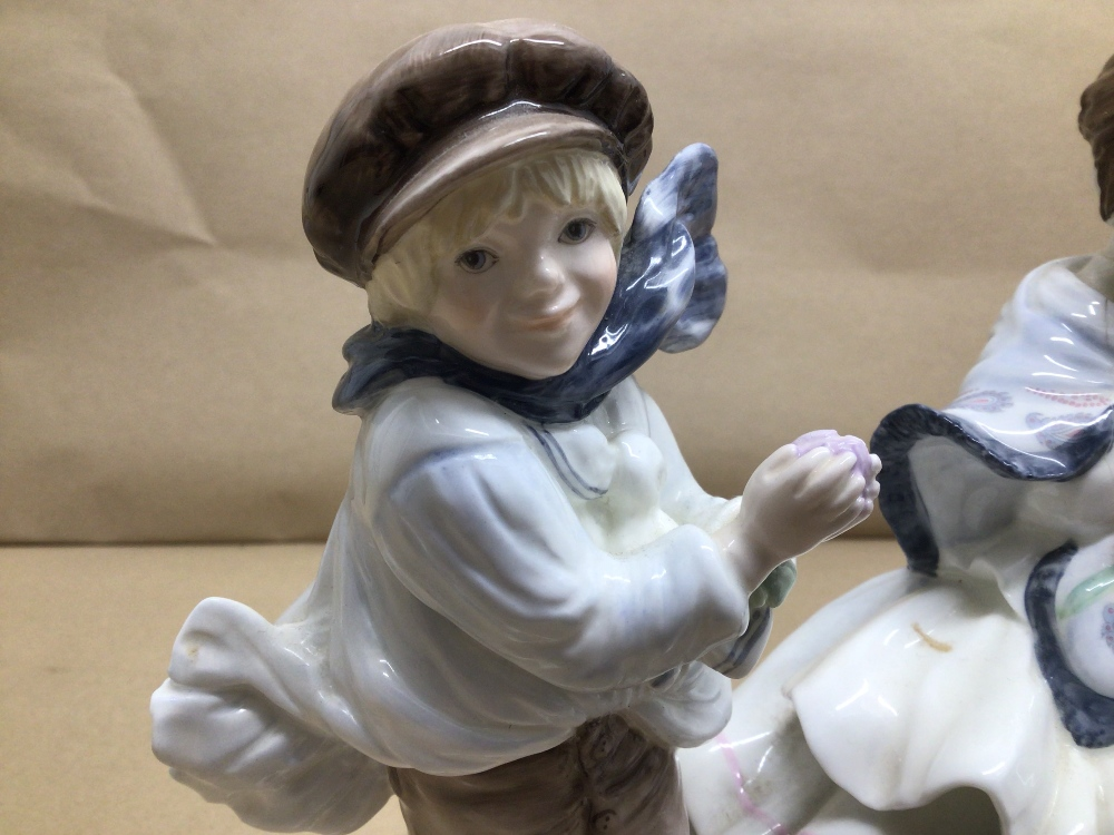 LIMITED EDITION ROYAL WORCESTER FIGURE 'ROSIE PICKING APPLES' WITH TWO LIMITED EDITION COALPORT - Image 3 of 7