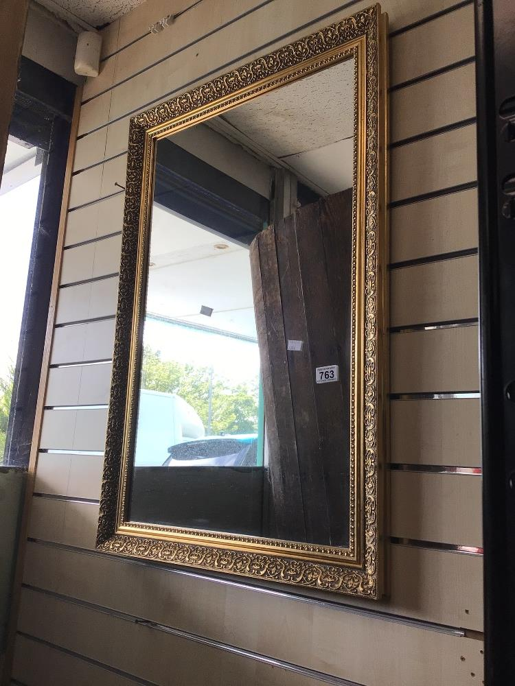 A MODERN GILDED WALL MIRROR, 60 X 90CM - Image 2 of 2