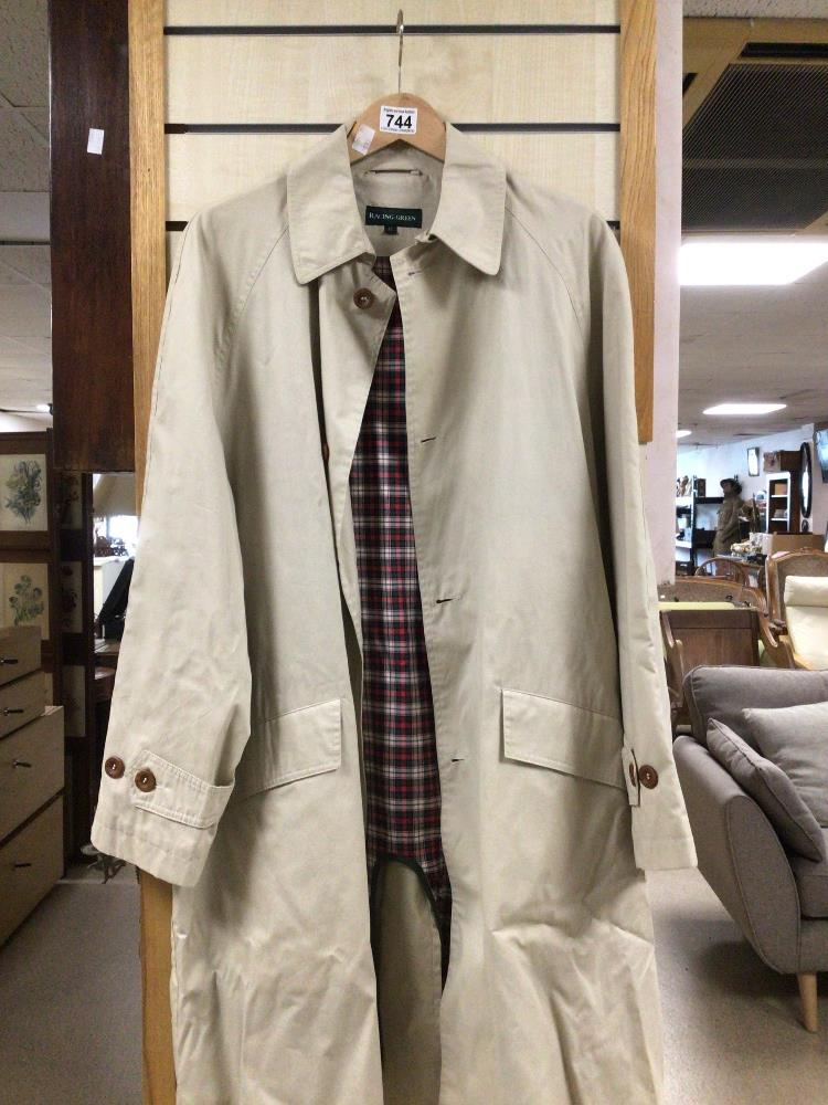 A RACING GREEN SIZE 12 CREAM COAT - Image 2 of 3