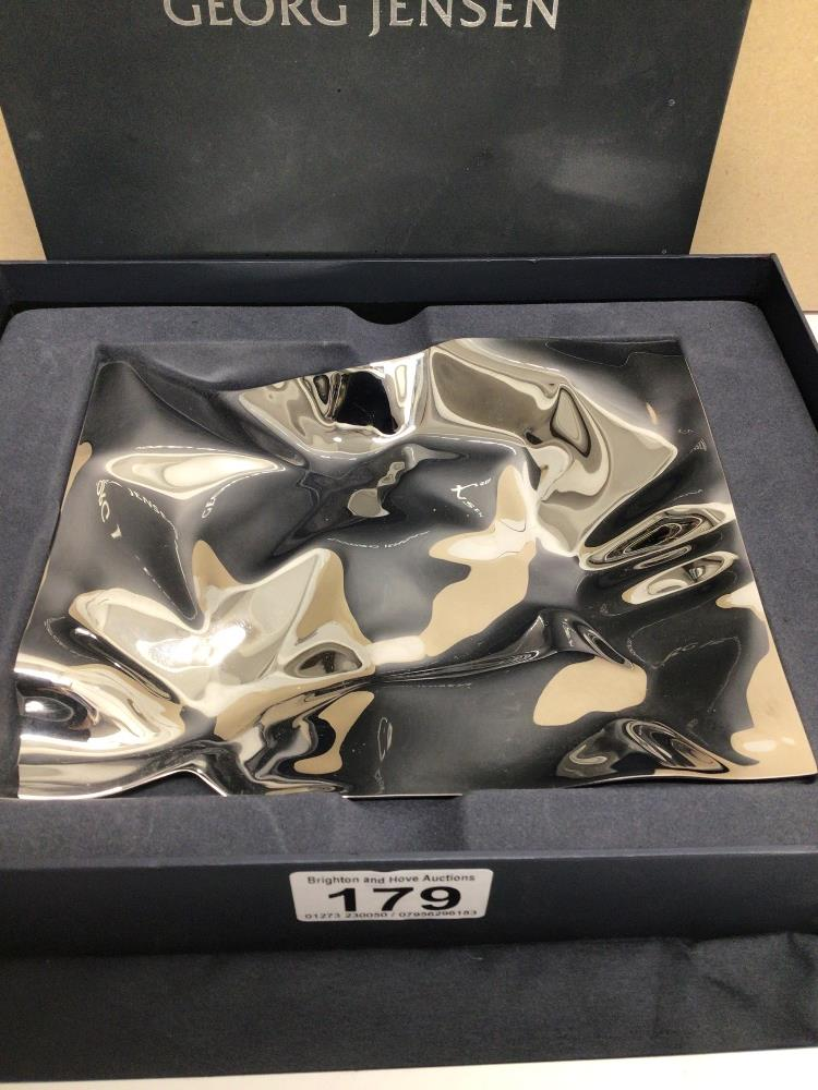 A GEORG JENSON STAINLESS STEEL CRASH TRAY PART OF THE MASTERPIECES COLLECTION, IN ORIGINAL BOX, 15CM - Image 3 of 6