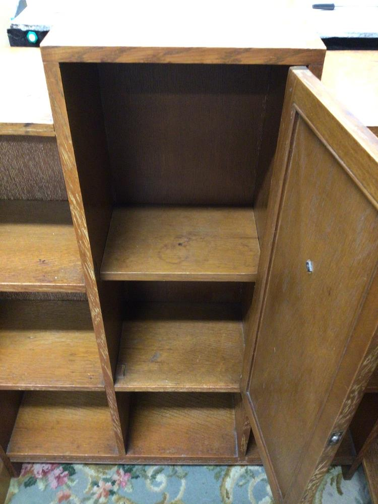 AN ART DECO CABINET WITH SHELVES, 79 X 23 X 97CM - Image 3 of 3