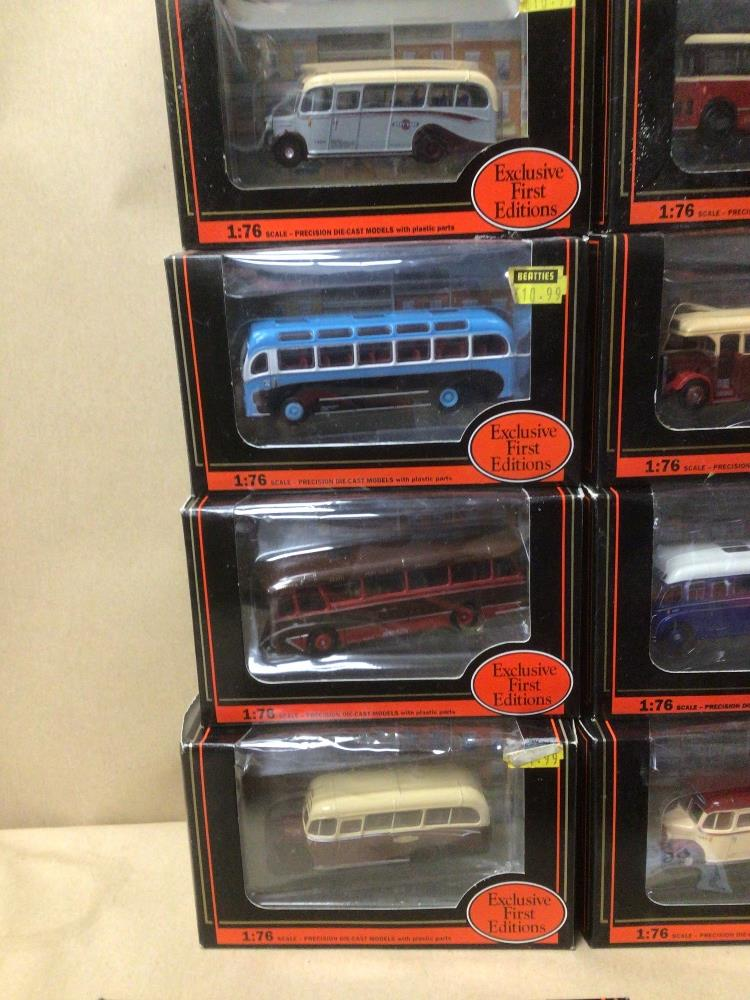 SIXTEEN BOXED DIE-CAST TOYS 1:76 SCALE BUSES/COACHES - Image 4 of 5