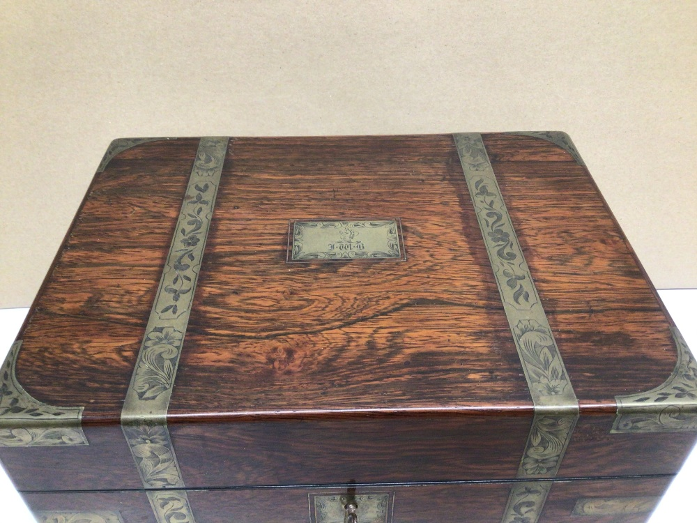 A VICTORIAN ROSEWOOD AND FOLIATE ENGRAVED BRASS BOUND RECTANGULAR TRAVELLING TOILET BOX, THE - Image 3 of 10