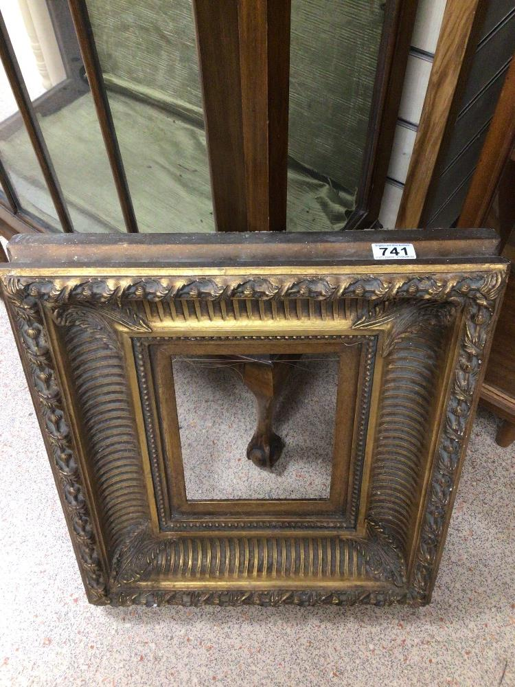 AN EARLY GILDED PICTURE FRAME, 47 X 53CM - Image 2 of 2