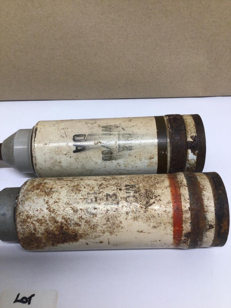 TWO PARACHUTE ILLUMINATING MORTAR BOMBS (INERT), 24CM - Image 2 of 7