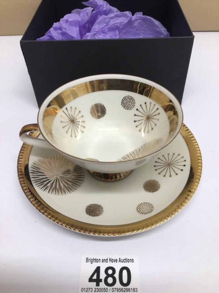 A BAVARIAN DUO TEA CUP AND SAUCER - Image 2 of 5