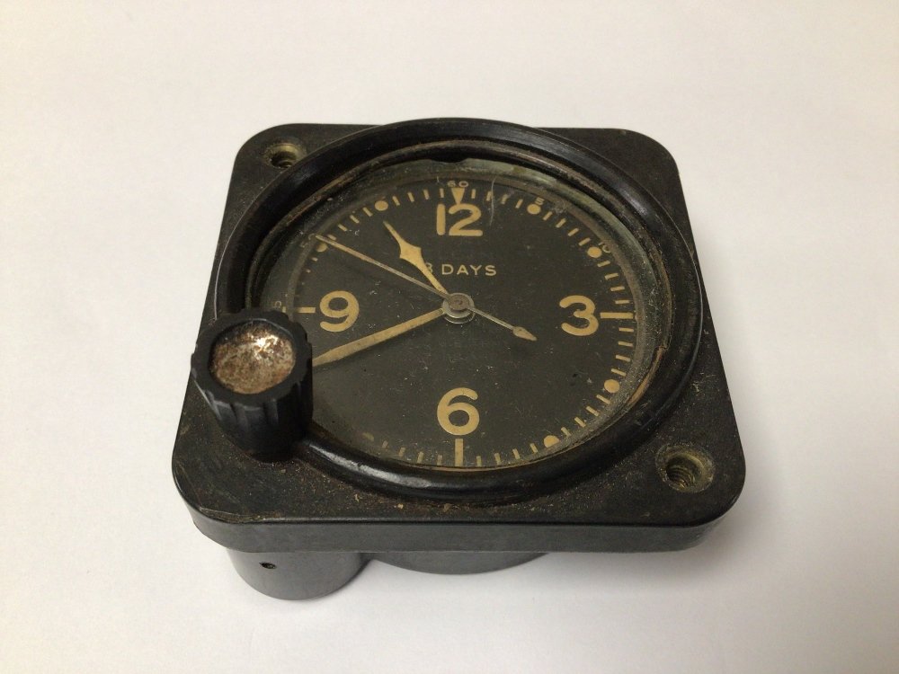 A WWI 1943 US AIRCRAFT ELGIN 8 DAY CLOCK, 6CM - Image 3 of 4