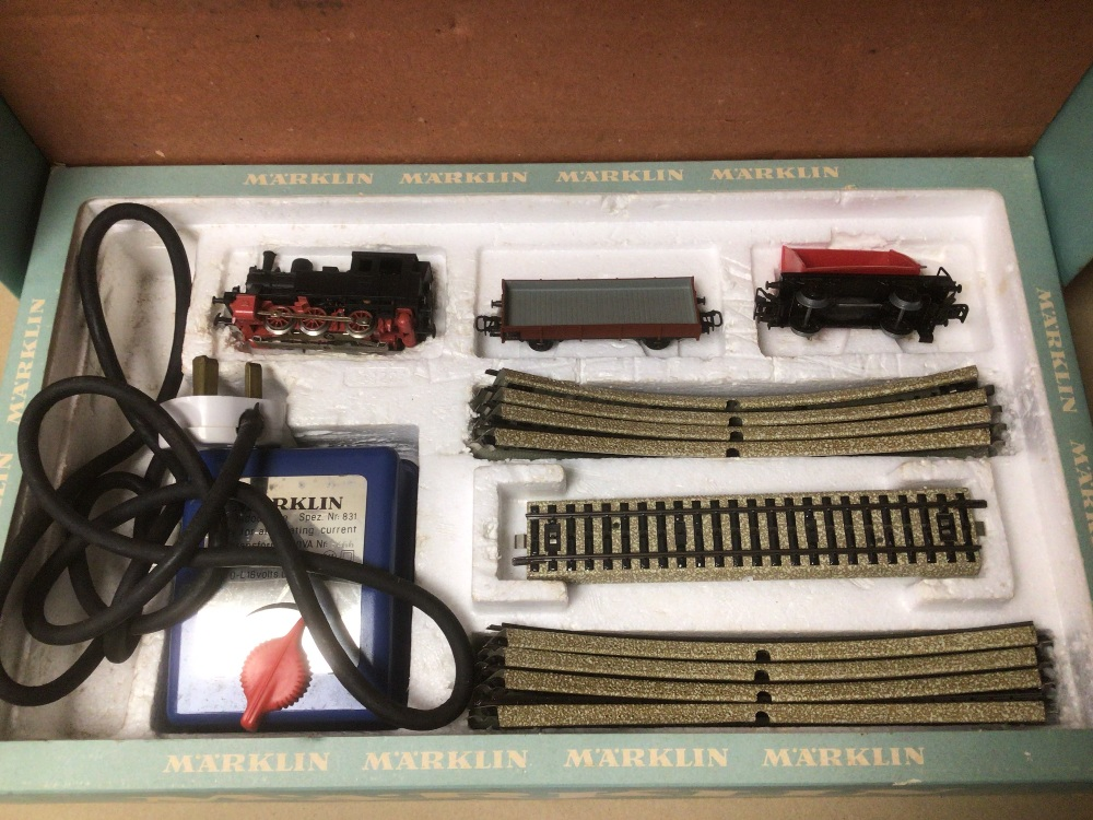 A BOXED MARKLIN TRAIN SET 1970S - Image 3 of 7